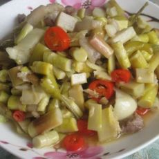酸竹笋炒肉丁