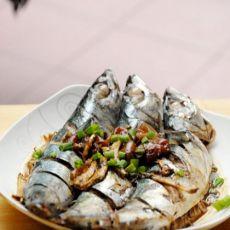 酸梅煮鲅鱼