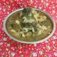 酸菜鲶鱼汤