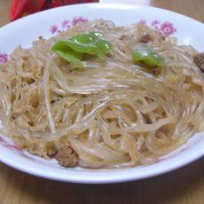 肉末炒酸菜和土豆粉