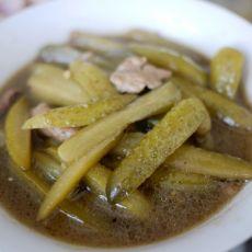 开胃美食--酸黄瓜炒肉