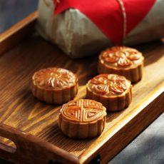 广式莲蓉蜜豆月饼