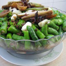 腌黄瓜辣椒咸菜的做法