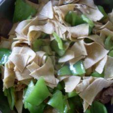 干豆腐炒辣椒的做法