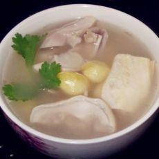 白果腐竹胡椒煲猪肚汤的做法