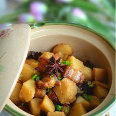 五花肉炖土豆