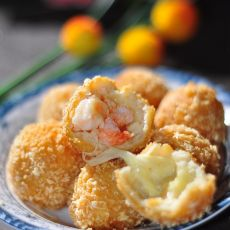 鲜虾芝士鸡肉丸