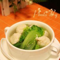 猪肉丸生菜汤