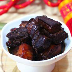 菠萝黑米汁烧肉