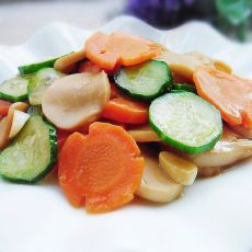 杏鲍菇炒胡萝卜黄瓜