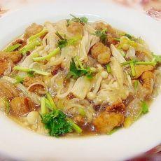 猪肉粉条炖金针菇