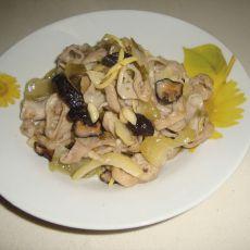 猪肠炒咸菜