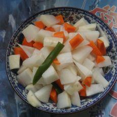 浸泡双色萝卜