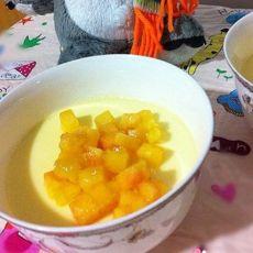 牛奶油桃蒸蛋