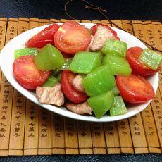 番茄笋丁烧肉的做法