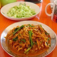 韭菜炒茄丝的做法