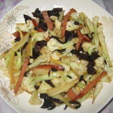 干锅木耳菜花的做法