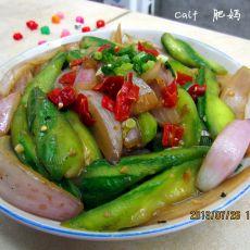 丝瓜炒洋葱的做法