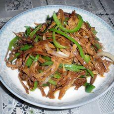 青椒炒黄花菜的做法