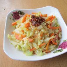 胡萝卜炒包菜的做法