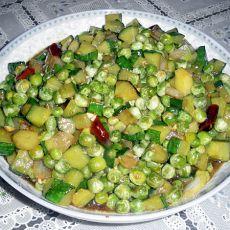 豌豆烩黄瓜丁的做法