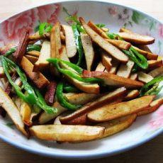 尖椒豆干的做法