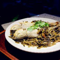 酸菜焖黄鱼
