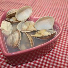 文蛤炖豆腐汤