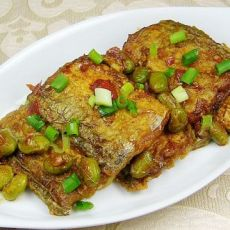 香辣毛豆煮带鱼的做法