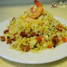 鲜虾仁香肠炒饭的做法