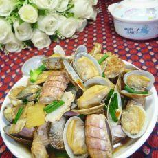 花蛤炒虾蛄的做法