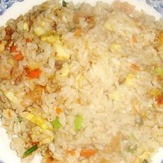 虾仁炒饭的做法