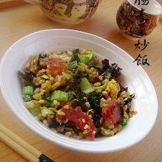 香肠青菜蛋炒饭