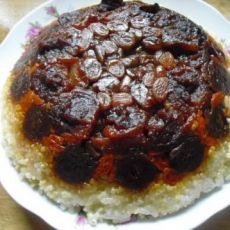 夹砂肉果香糯米饭