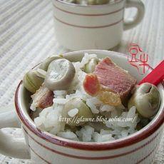 鲜蚕豆火腿焖饭
