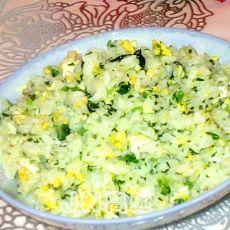 菠菜鸡蛋炒米饭