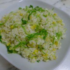 生菜丝蛋炒饭的做法