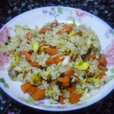 胡萝卜洋葱蛋炒饭的做法