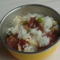 青豆鸡肉腊肠饭