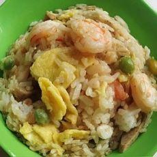 虾仁鱼丸蛋炒饭