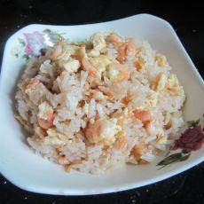 小河虾炒鸡蛋饭