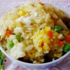 鸭黄鱼丸炒饭