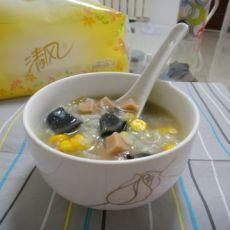 皮蛋火腿玉米粥