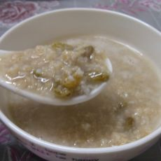 麦片葡萄干粥的做法