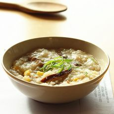 玉米香菇肉丝粥