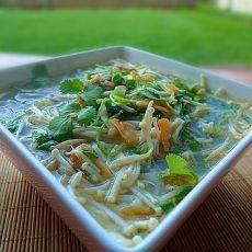 健康早餐金针菇荞麦面