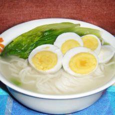 鸡蛋青菜面的做法