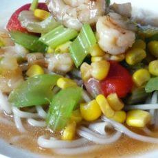 海鲜蔬菜拌面