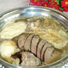 荷包蛋白菜牛肉面