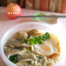 菇丸清汤面
